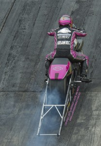 EKrawiec burnout 208x300 Gateway Motorsports Park   NHRA Midwest Nationals